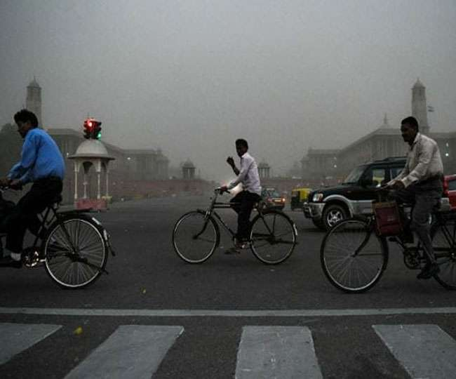 Delhi-NCR Weather Updates: Temperature dips as rains lash Delhi, IMD says thundershowers to continue till Tuesday