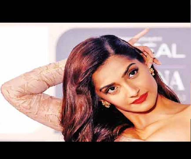 'This is Bizarre': Sonam Kapoor expresses concerns over CBSE's decision to remove chapters on secularism, federalism
