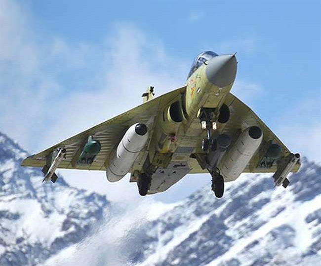 Ladakh Standoff: IAF flies Jaguar, Mirage 2000, Apache and Sukhoi along LAC to check China's enhanced air activity