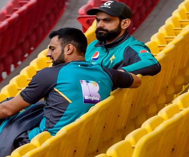 Mohammad Hafeez, 5 other Pakistani players test coronavirus negative, to join squad for England tour
