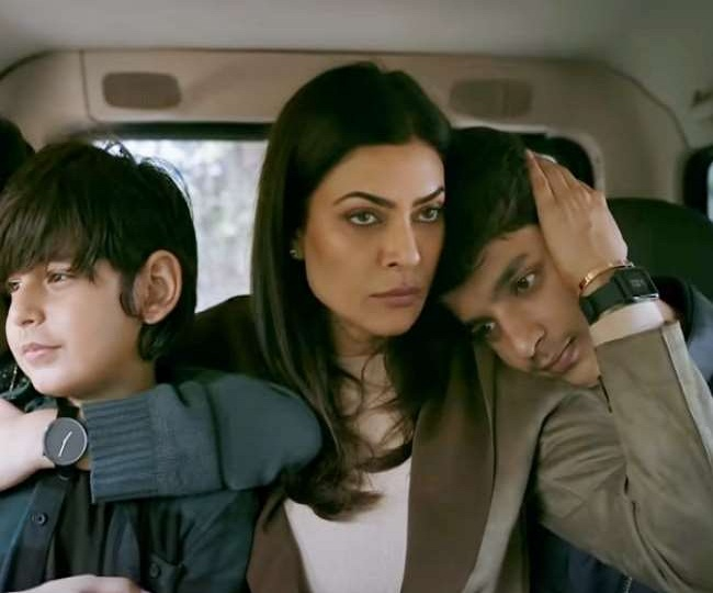 Aarya Review: Roaring like a 'Lioness mother', Sushmita Sen delivers startling performance in this crime drama