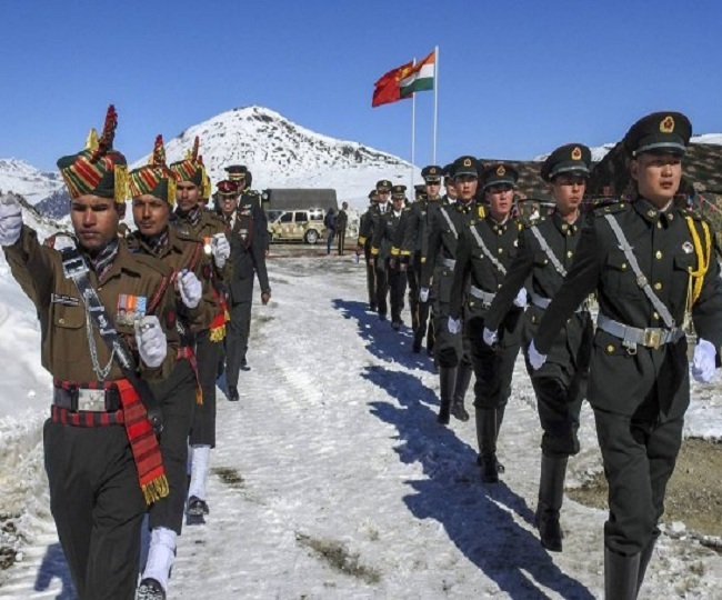 India-China Standoff: Both countries bring in heavy weapons, combat vehicles to bases near Ladakh