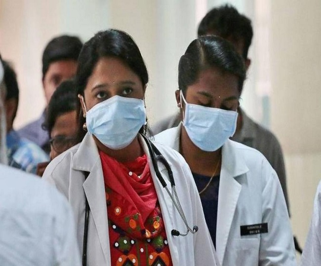 With nearly 3 lakh cases, India surpasses UK to become fourth worst-hit country by coronavirus