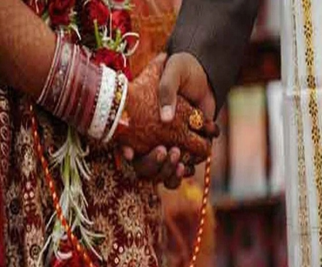 Man with COVID symptoms dies two days after marriage in Patna; over 90 attendees test positive
