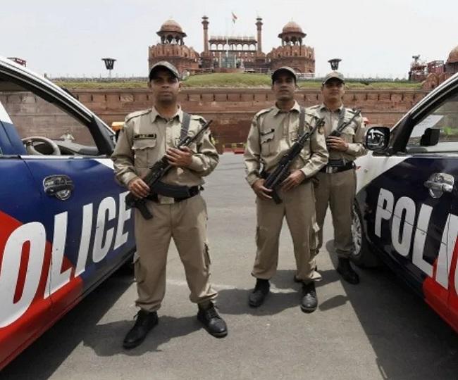 Delhi on high alert as intel agencies warn of 4-5 terrorists from Jammu and Kashmir entering national capital