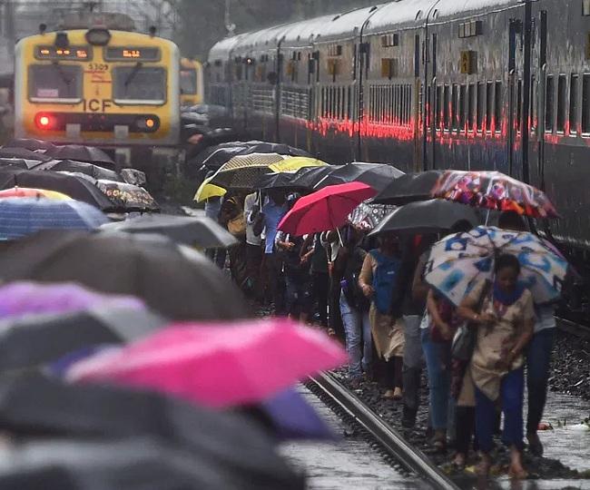 Cyclone Nisarga likely to hit Maharastra-Gujarat coast by June 3, Mumbai to receive heavy rainfall; IMD issues red alert