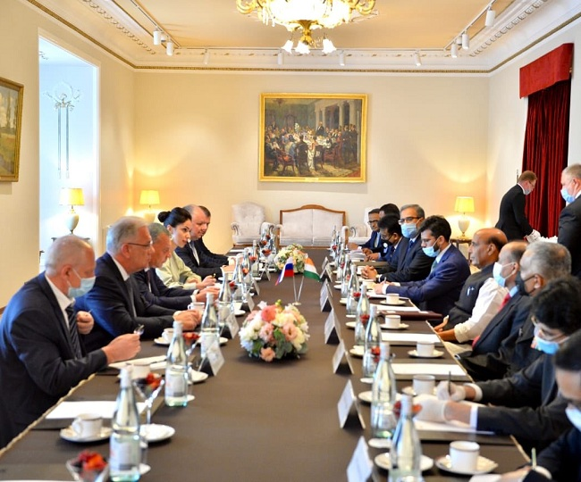 India quashes Chinese media claim of meeting between Rajnath Singh and Chinese defence minister in Moscow