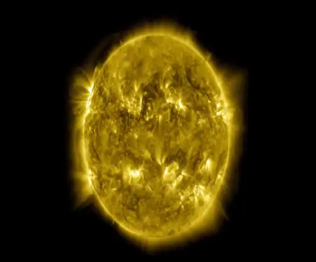 'A Decade of the Sun': NASA stuns with 10-year time-lapse video of solar cycle   Watch
