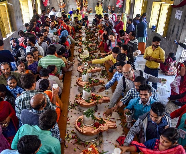 No 'prasad', holy water and singing: Complete list of SOPs for religious places as they reopen from today