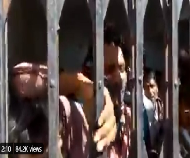 'Heart-rending': Prashant Kishor tweets alleged video of migrant workers locked up in Bihar | Watch
