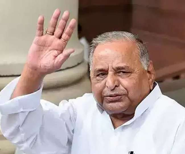Mulayam Singh Yadav admitted to Lucknow's Medanta Hospital after complaining of stomach pain