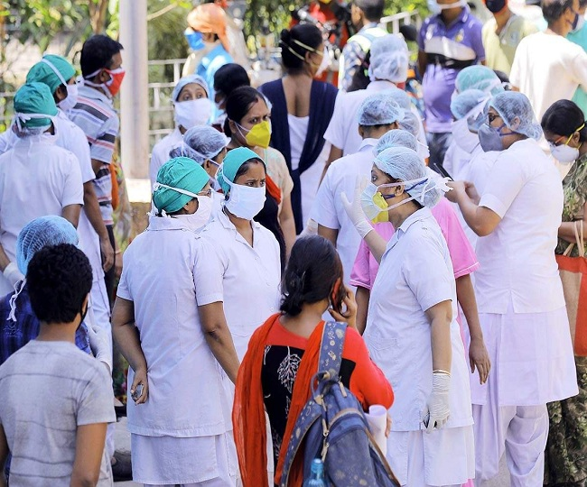 Record 5,611 cases in last 24 hours take India's COVID-19 tally to 1,06,750, death toll tops 3,300-mark