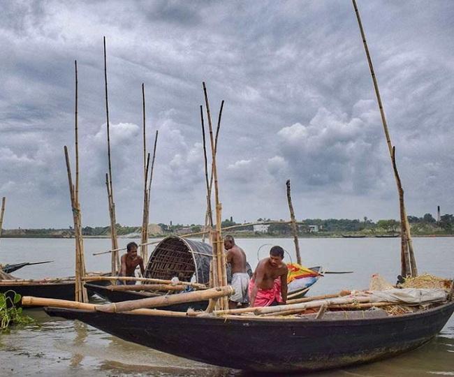 Cyclone Amphan: Bangladesh reports its first death as landfall of cyclonic storm begins