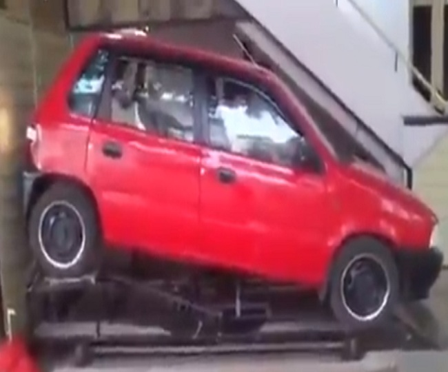 Impressed by 'geometrical elegance', Anand Mahindra shares video of the most creative parking technique | Watch