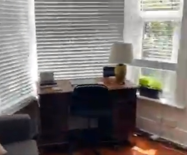 Scottish actor films hilarious virtual tour of his flat for prospective tenants, Twitter can't control the laughs