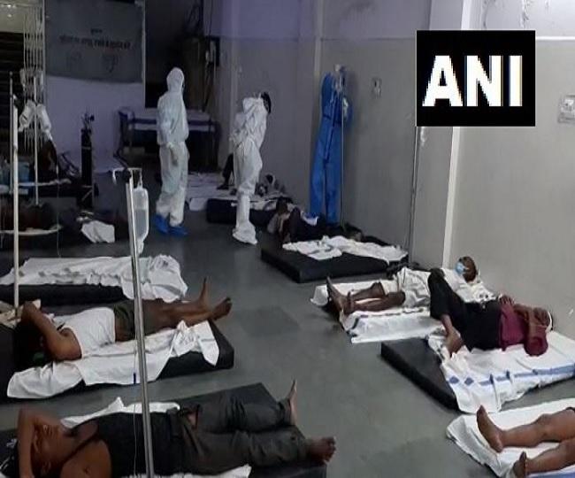 5 killed, 11 injured as truck carrying migrant workers overturns in Madhya Pradesh's Narsinghpur