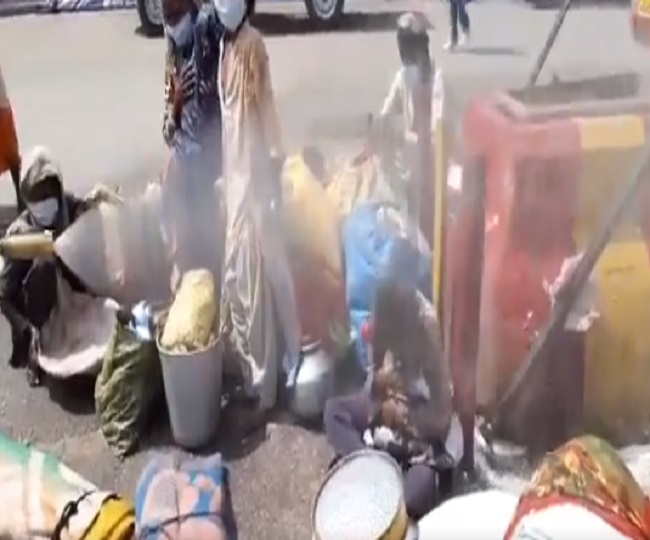 Migrants sprayed with 'disinfectants' in Delhi's Lajpat Nagar; civic body says 'it was a mistake'