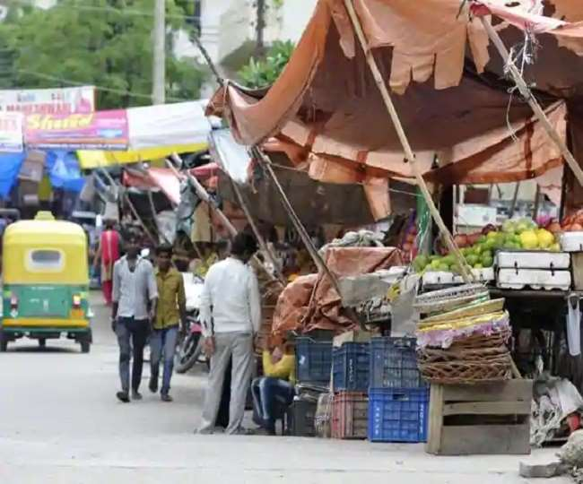 Economic Package Second Tranche: 50 lakh street vendors to get support of Rs 5000 crore Special Credit Facility