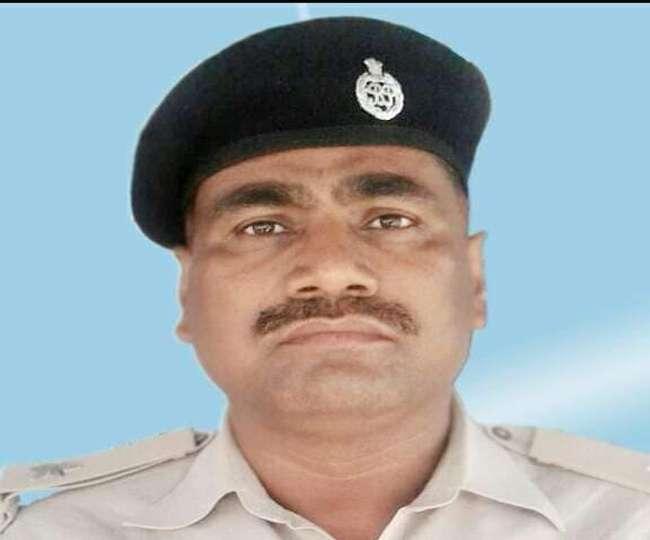 ये पुलिस इंस्पेक्टर कभी दूसरों को पकड़ते थे, आज खुद फंस गए 15 हजार के लोभ में