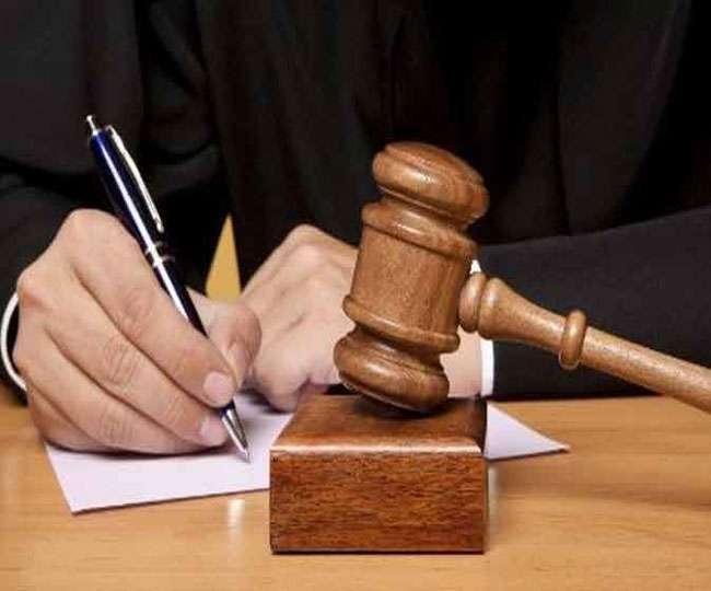 बिहार: दो बोतल शराब मिलने पर जब्त की गई थी बस, कोर्ट ने दिया छोडऩे का निर्देश