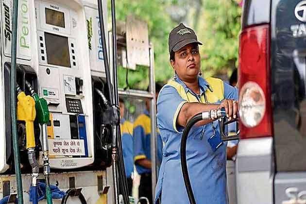 Image result for 2 दिन में 12 बार बढ़े पेट्रोल के दाम