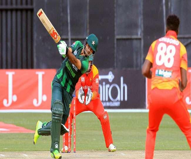 सचिन, सहवाग व रोहित की बराबरी की इस पाक बल्लेबाज ने, वनडे में लगाया दोहरा शतक
