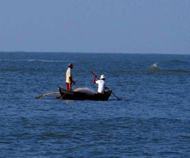 श्रीलंकाई नौसेना ने चार भारतीय मछुआरों को किया गिरफ्तार, एक सप्ताह में दूसरी गिरफ्तारी