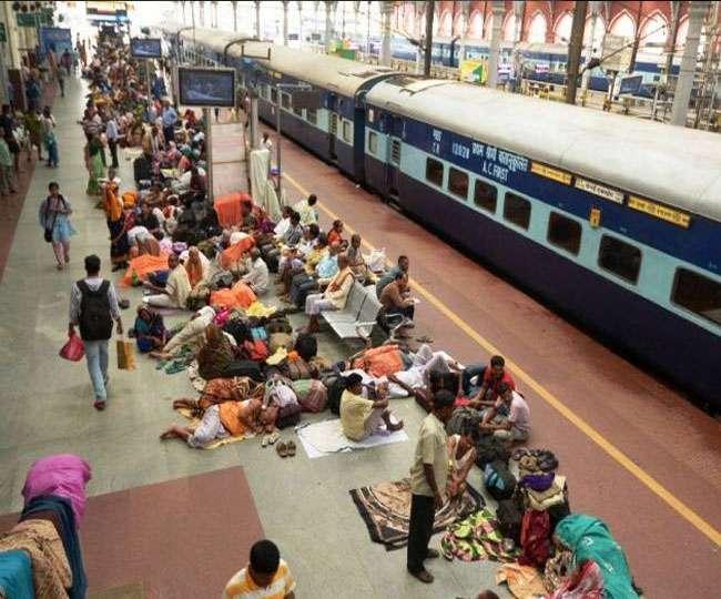 ना मौसम की खराबी, ना ही आंदोलन-प्रदर्शन फिर भी क्यों है ट्रेनों की लेटलतीफी