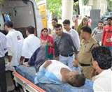 तीर्थयात्रियों से भरी बस अनियंत्रित होकर सड़क पर पलटी, 41 यात्री घायल