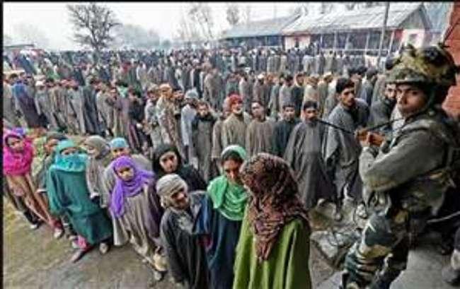 कश्मीर में गहमागहमी: चर्चा एग्जिट पोल की और नजर चुनाव परिणाम की ओर