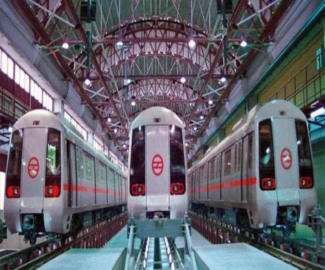 जानिए- 27 लाख से अधिक यात्रियों की हमसफर दिल्ली मेट्रो क्यों हो रही 'बदनाम'