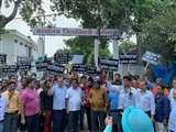 पाक के खिलाफ सड़क पर उतरा सिंधी समाज, जानिए वजह Aligarh news