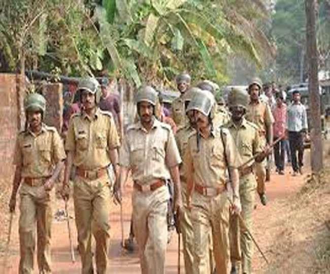 अलीगढ़ में आइपीएल सट्टा खेलते सपा महिला नेता के पुत्र समेत सात गिरफ्तार
