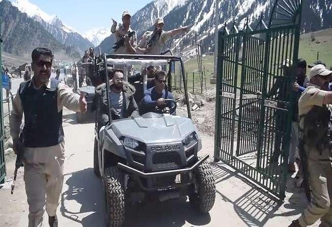 सलमान खान ने 'हिमालय की गोद में' ऐसे लगाई रेस