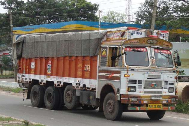 Manufacturers trying to sell BS3 trucks to compensate loss web