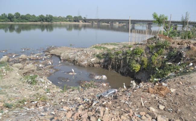 Khaskhabar/पेपर मिलों से निकलने वाले प्लास्टिक कचरे से अब वायु प्रदूषण नहीं