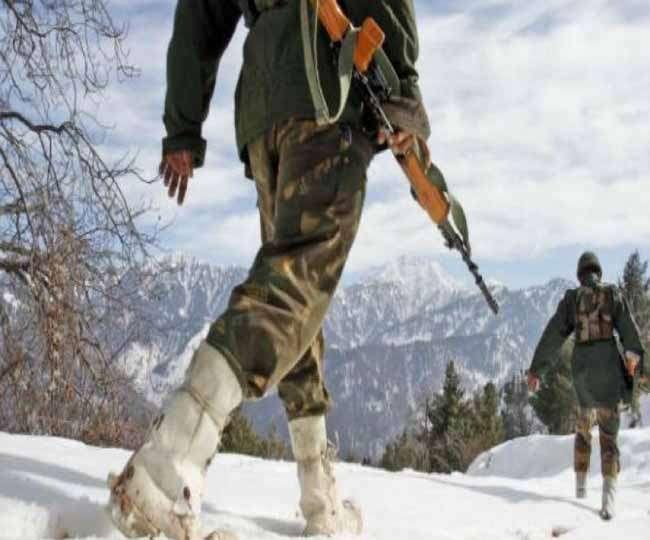 सिक्किम में घुसे चीनी सैनिक, भारतीय सेना के दो बंकरों को किया तबाह