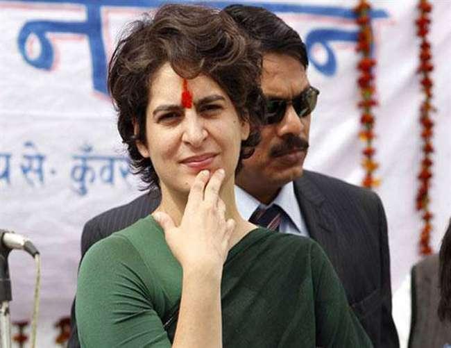 कुंभ में डुबकी लगाकर कांग्रेस में अपनी सियासी पारी की शुरुआत करेंगी प्रियंका गांधी