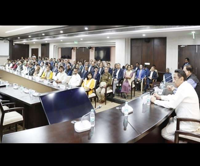 Kamal Nath Cabinet meeting proposal for farmers loan waiver in next