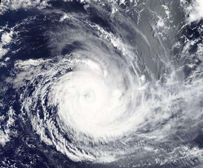 Cyclonic Storm FANI : फनी को लेकर मौसम विभाग ने जारी की चेतावनी, जल्द ले सकता है भयंकर रूप