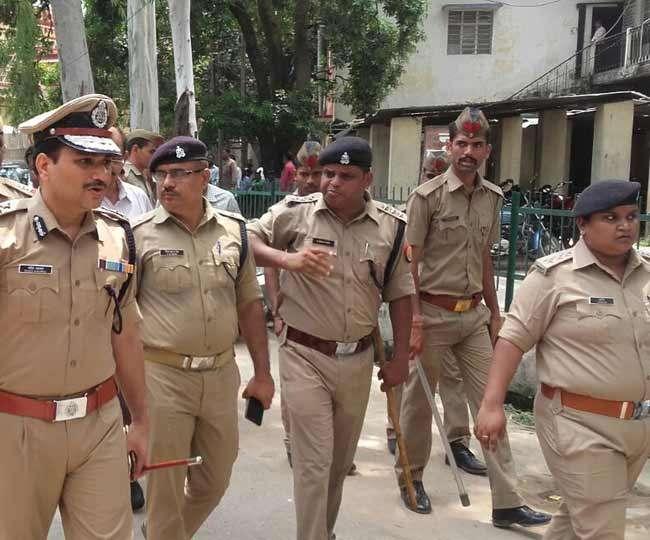 दिल्ली में जैश-ए-मोहम्मद के आतंकी घुसने की खबर के बाद पुलिस ने बढ़ाई चौकसी