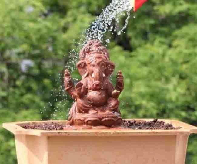 Lord ganesh visarjan in any pot at home