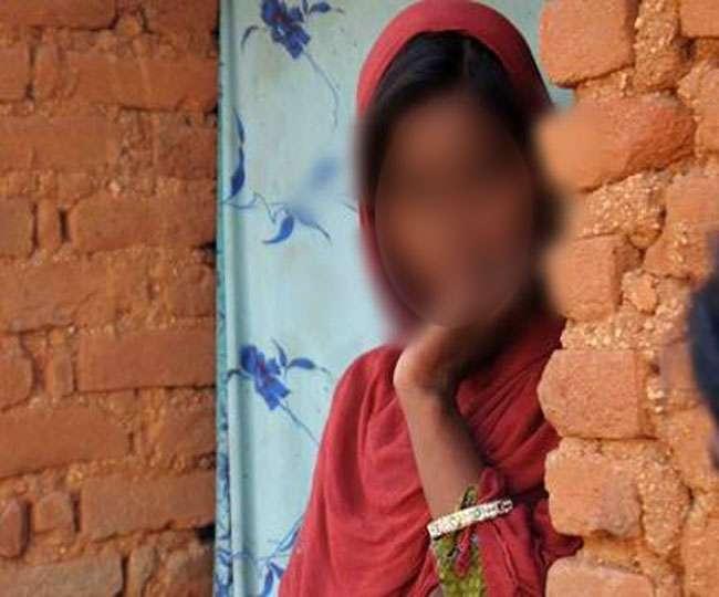 महज दो-दो हजार रुपये में बेची जा रहीं आदिवासी लड़कियां