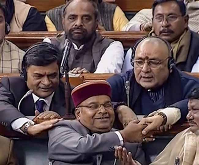 Happy Minister Thawarchand Gehlot in Parliament