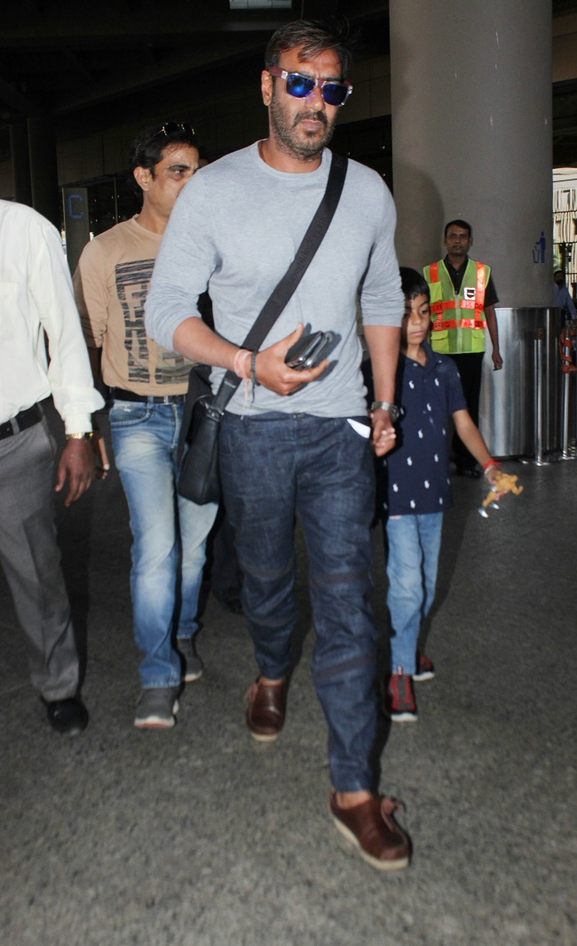 Ajay Devgn With Mother Daughter And Son Spotted At Mumbai Airport