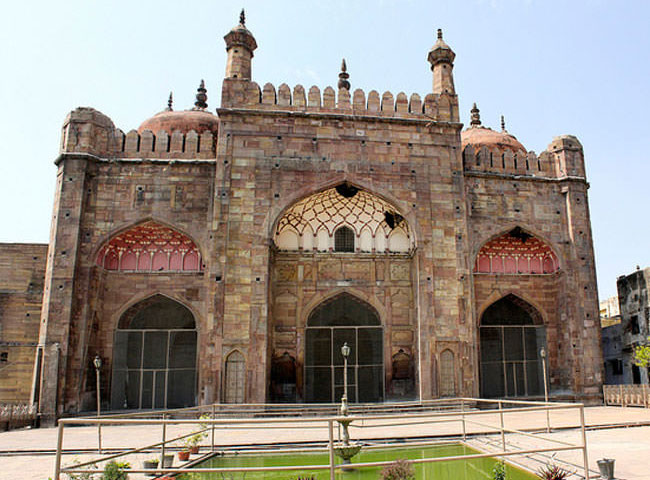 Image result for आलमगीर मस्जिद varanasi