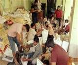 Positive India : इन्होंने उठाया घर-घर खाद्य सामग्री पहुंचाने बीड़ा, कार्यकर्ता बखूबी निभा रहे फर्ज Jamshedpur New
