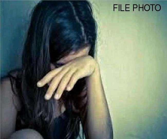 आंतरिक जांच में दोषी मिले दो CRPF अधिकारी निलंबित, महिला कांस्टेबल से किया था दुष्कर्म