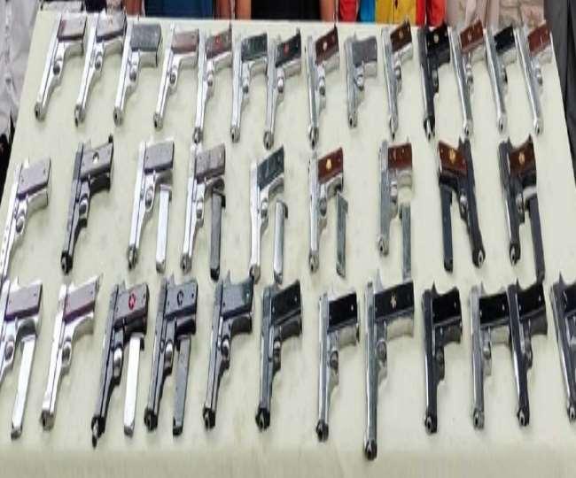 पानीपत में मिले अवैध हथियारों का खौफनाक सच, दिल्ली-हरियाणा के 8 गैंग पर पुलिस की नजर