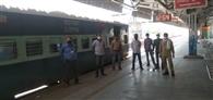 रेलवे कर्मियों के लिए स्पेशल ट्रेन, दिन में दिल्ली तक लगाएगी तीन फेरे